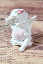 Anjelik so srdiečkom v ruke (v. 7,5 cm)
