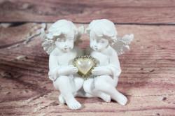 Anjelikovia so strieborným srdiečkom v ruke 1. (v. 6 cm)