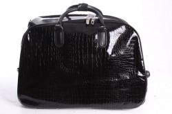 Cestovná taška na kolieskach lakovaná (D3224) - čierna (52x37x30 cm)
