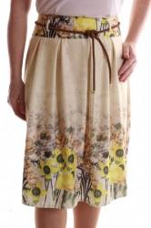 Dámska elastická sukňa s kvetinami - krémová