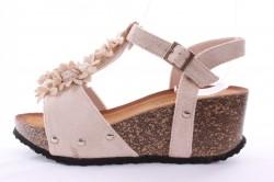 Dámske sandále ozdobené kvetmi a korálkami (CK09) - b916c17f59b