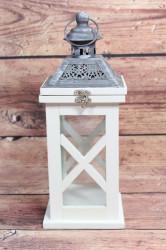 Drevený lampáš - bielo-sivý (v. 30 cm)