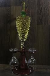 Fľaša na stojane v tvare HROZNA plnená bielym a červeným vínom + 2 poháre