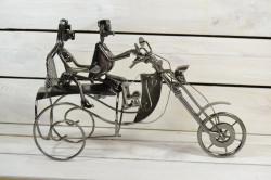 Kovový stojan na fľašu MOTORKA (36x23 cm)