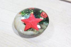 Magnetka s vianočným vzorom (p. 4 cm) 12.