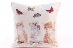 Návliečka na vankúš - mačičky a motýle - hnedo-béžová (43x43 cm)