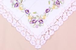 Obrus vyšívaný DIVÝ MAK (85x85 cm) - fialovo-biely