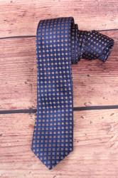 Pánska kravata s hnedými kockami - tmavomodrá (š. 6 cm)