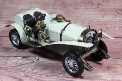 Plechové auto (29x10,5x12 cm) maketa - krémové #1
