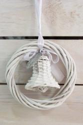 Prútený krúžok so zvončekom