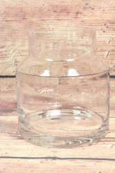 Sklenená váza (v. 19 cm, p. 16,5 cm)