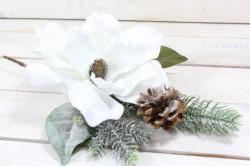 Umelý vianočný kvet na vetvičke - biely (v. 37 cm)