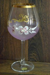 Výročný pohár na 55. narodeniny - NA VÍNO - ružový (v. 23 cm)
