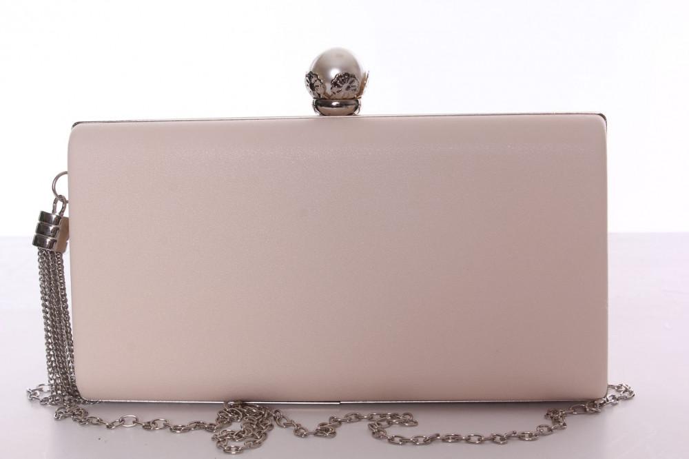 Dámska spoločenská kabelka s ozdobným gombíkom (6228) - béžová (22x12x14 cm) f497c5dab9a