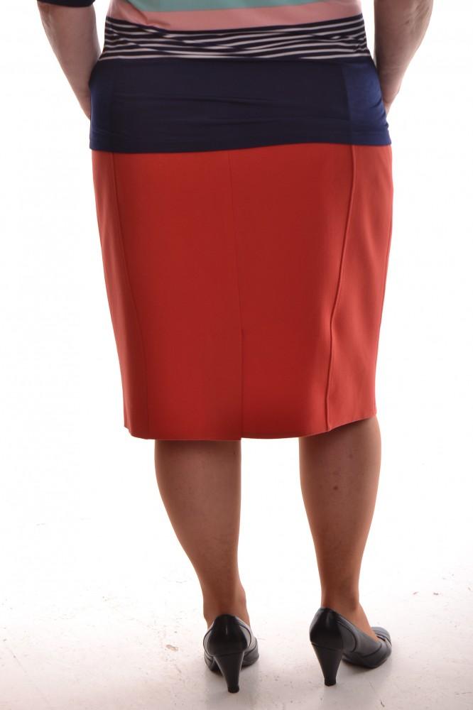 3852be0e9839 Dámska sukňa prešívaná - oranžová - Sukne pre moletky - Locca.sk