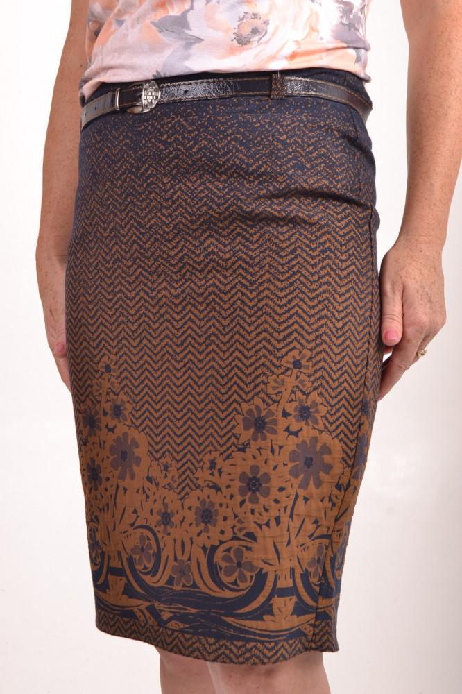 41d0064bdc53 Dámska sukňa s hnedým vzorom - tmavomodrá D3 - Sukne pre moletky ...