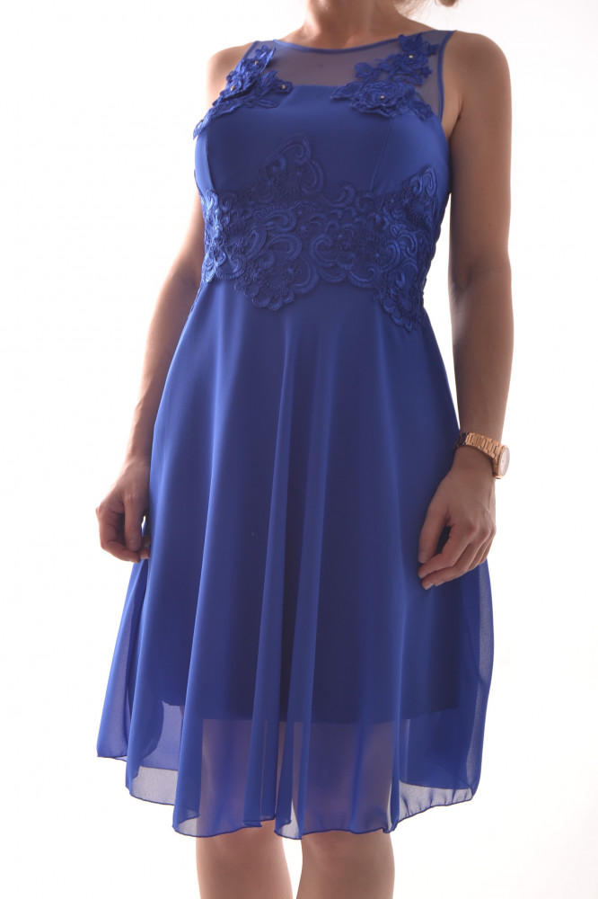 163b2efccf40 Dámske spoločenské šaty s čipkou - kráľovskej modrej farby D3 ...