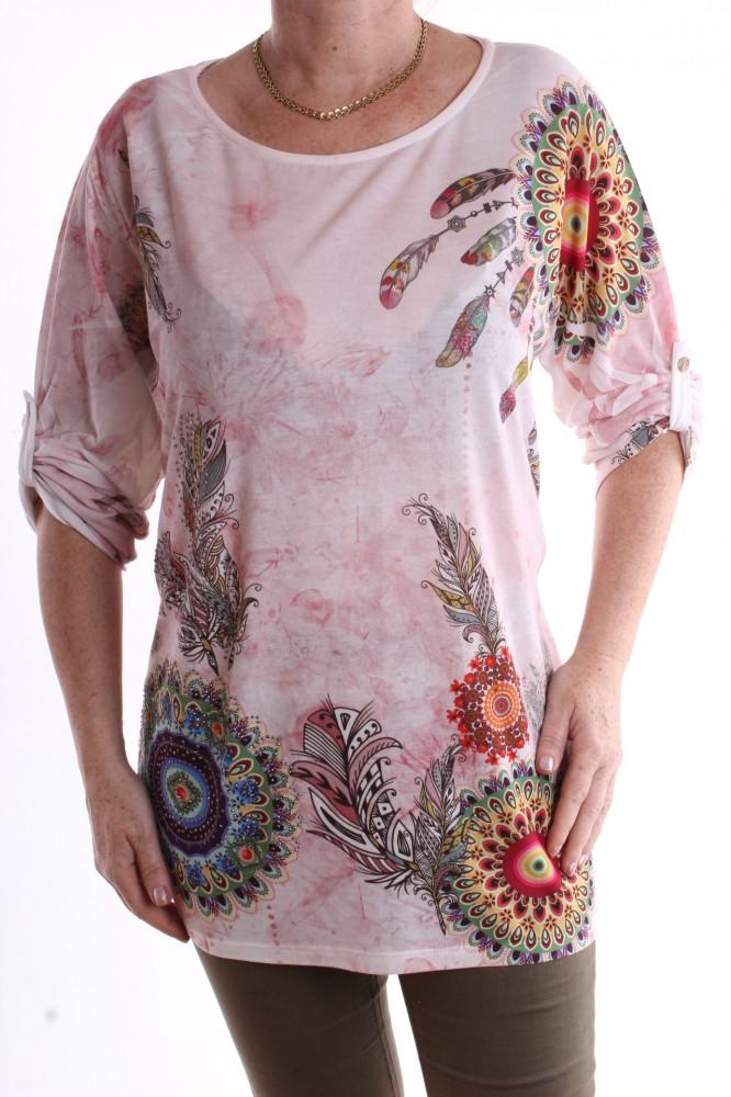 c1a7448189f7 Dámske tričko s perím vzorom - ružovo-biele - Dámske tričká - Locca.sk