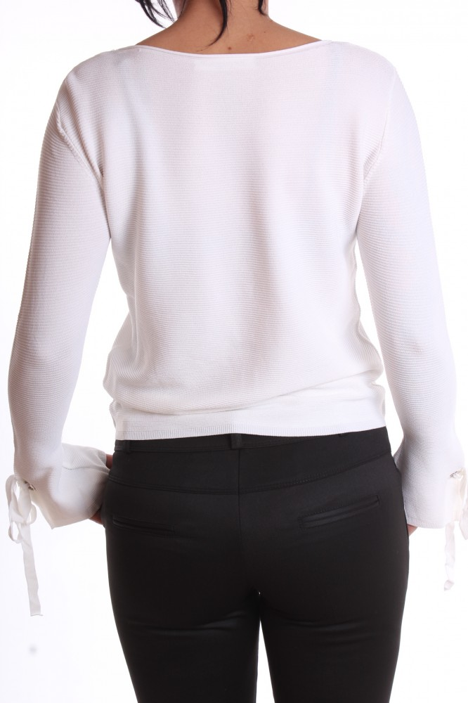 985b7d684f46 Dámsky pulóver - biely - Dámske svetre a pulóvre - Locca.sk