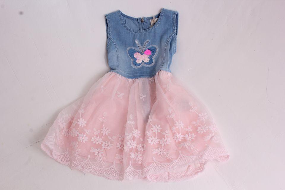 79786815efd5 Dievčenské rifľové šaty s motýlikom a ružovou sukňou - Detské šaty s ...