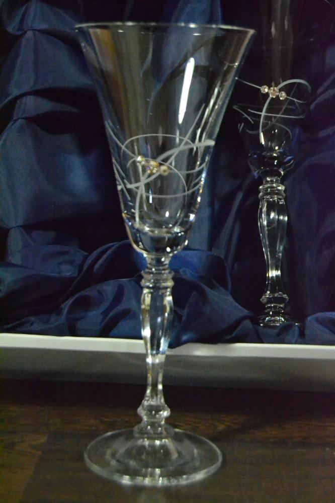 190a33eb57802 Kryštáľové poháre na ŠAMPANSKÉ 2. v saténovom balení so swarovski kryštáľmi