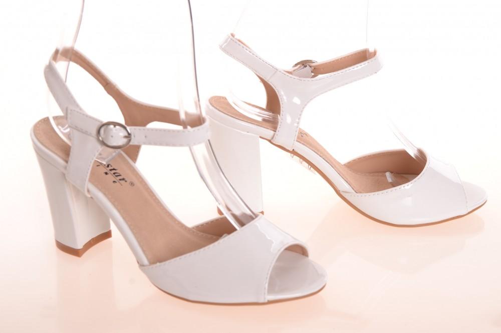 82e4ed0fa7eac Lesklé dámske letné sandále na opätku (v. 9 cm) - biele (WD27 ...