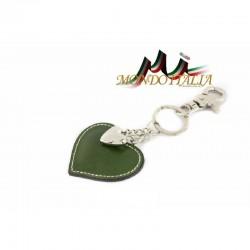 Kožená kľúčenka v tvare srdca zelená 1253 MADE IN