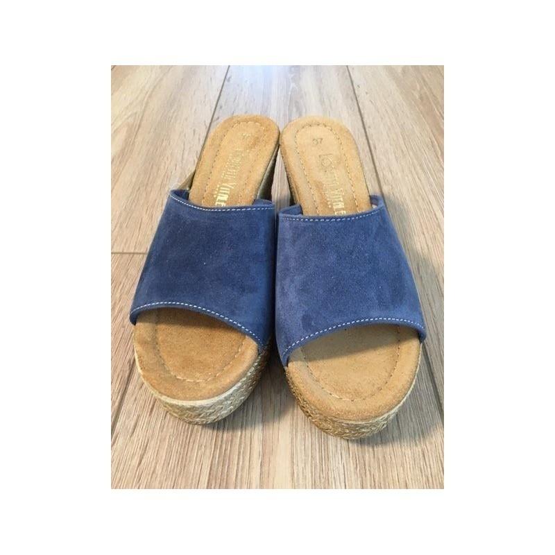 b8ef3836a4d8 Dámske talianske kožené vsuvky na klíne LORETTA VITALE 44 jeans LORETTA  VITALE 44  4