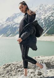 Dámska zimná bunda URBAN CLASSICS Ladies Oversized Hooded Puffer black