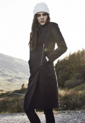 Dámsky kabát URBAN CLASSICS Ladies Peached Long Asymmetric Coat