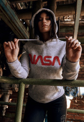 MR. TEE Dámska mikina Mister Tee Ladies NASA Worm Logo Hoody