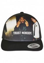 MR.TEE Šiltovka Tupac Trust Nobody Retro Trucker