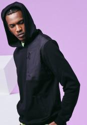 Pánska mikina URBAN CLASSICS Military Shoulder Pocket Hoodie black