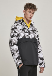 Pánska zimná bunda Urban Classics Camo Mix Pull Over Jacket black/snow camo