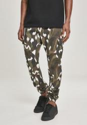 Pánske maskáčové nohavice Urban Classics Geometric Camo Stretch Twill Cargo Pants wood camo