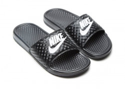 Pánske šľapky NIKE BENASSI JUST DO IT BLACK WHITE