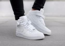 Pánske tenisky Nike Air Force 1 Mid `07 White 7307224f1f0