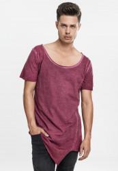 Pánske tričko s krátkym rukávom URBAN CLASSICS Asymetric Long Spray Dye Tee burgundy