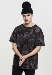 Pánske tričko s krátkym rukávom URBAN CLASSICS Camo Oversized Tee dark camo