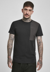 Pánske tričko URBAN CLASSICS Military Shoulder Pocket Tee black