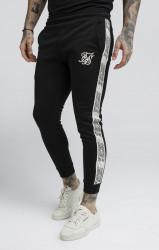 SIK SILK Pánske čierne tepláky SikSilk Cuffed Runner Pants Farba: Čierna,