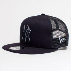 Šiltovka New Era 9Fifty MLB League Essential Trucker Cap NY Yankees Black