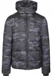 URBAN CLASSICS Pánska zimná bunda Hooded Puffer Jacket darkcamo