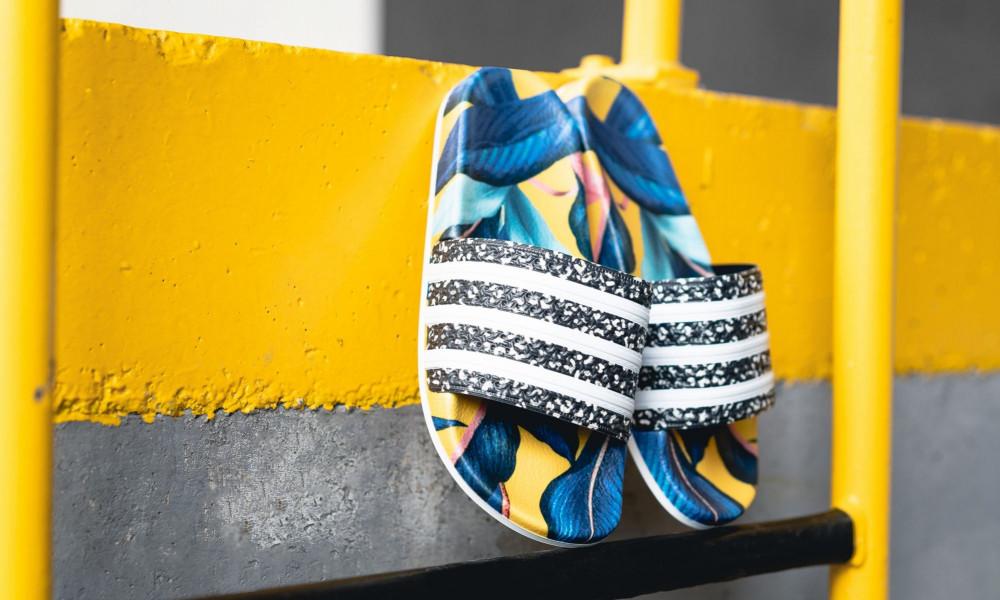 ADIDAS ORIGINALS Šlapky Adidas Adilette Woman W Supcol White ... 3f48d8245a0