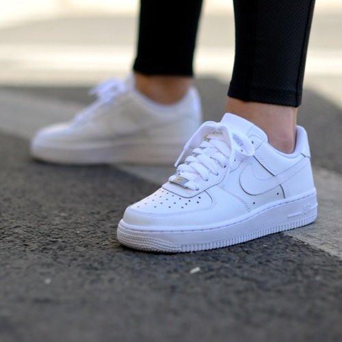 Dámske biele nízke tenisky Nike Air Force 1 Low (GS) White - Dámske ... ae00e06b0c6