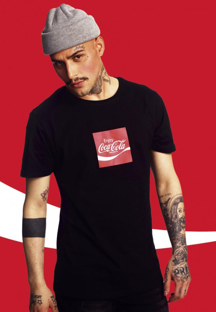 93f5490b3 MERCHCODE Pánske tričko Coca Cola Taste The Feeling Tee Farba: black ...