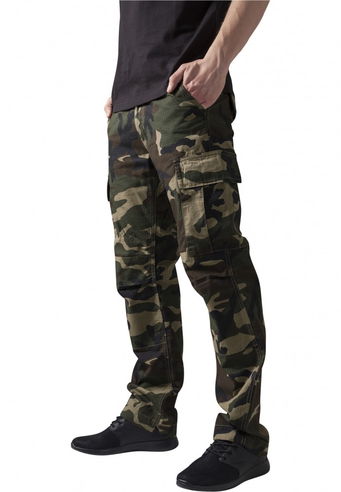 b7bf40d38b5c Pánske kapsáčové nohavice URBAN CLASSICS Camouflage Cargo Pants wood camo
