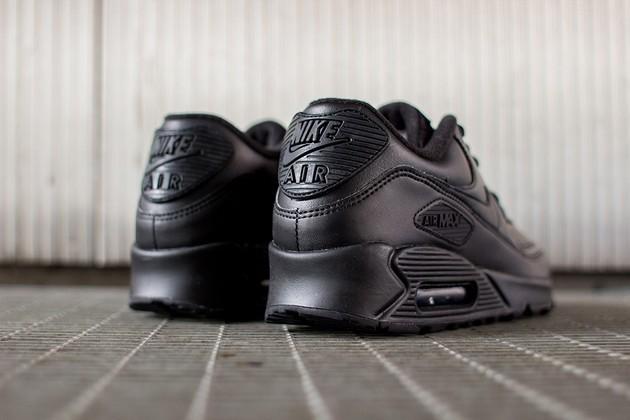 Pánske tenisky Nike Air Max 90 Leather Black Black - Pánske tenisky ... 88217af3fb2