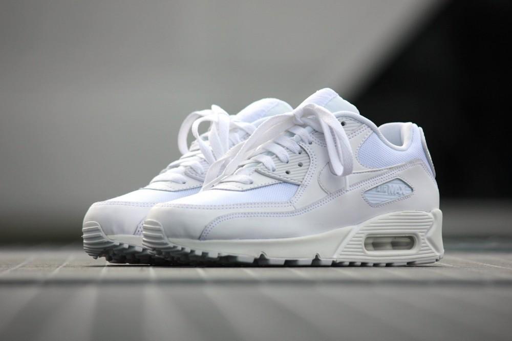 Pánske tensiky Nike Air Max 90 Essential White - Pánske tenisky ... 50538d35a5