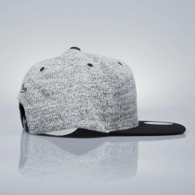 27fa9eac9b285 Šiltovka Mitchell & Ness snapback cap Brooklyn Nets grey heather / black  EU957 GREY DUSTER -